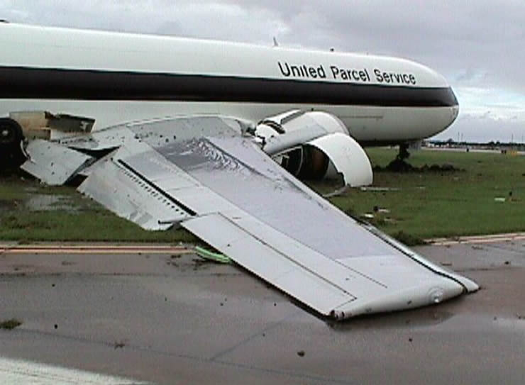 boeing 767 ups crash picture
