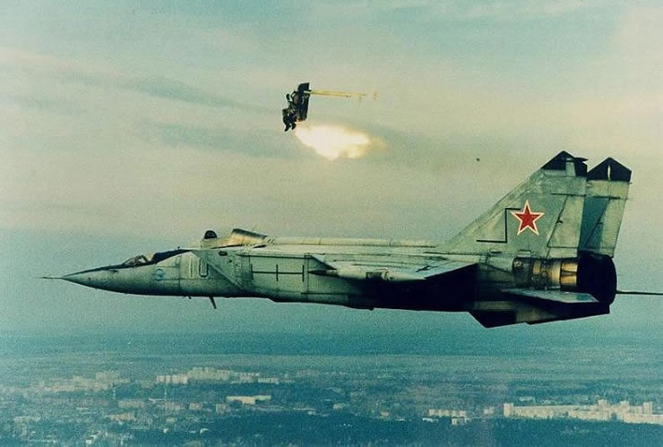 mig foxbat pilot ejects over russian city