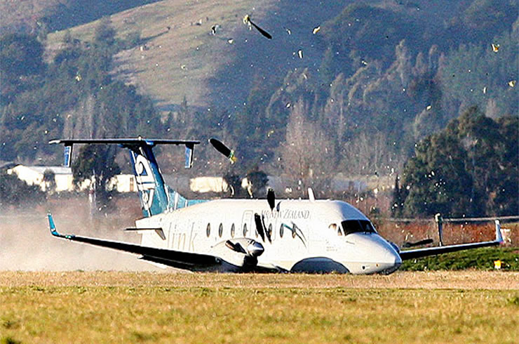 commuter airline crash