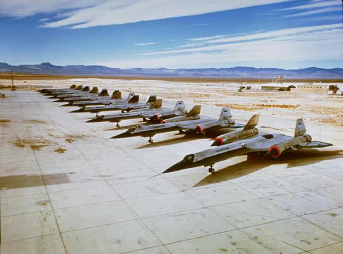 secret aircraft at area 51 groom lake