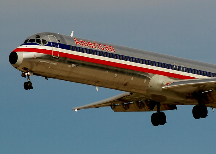 American Airlines MD-85