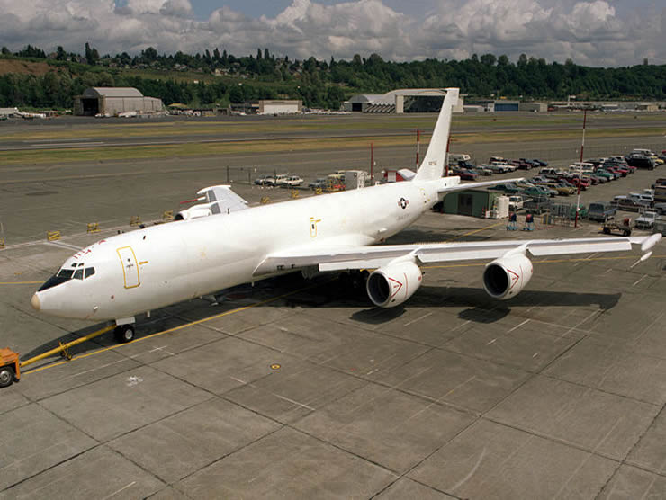 Navy Boeing E-6 Mercury Flying NORAD Headquarters - Used if the main NORAD is Destroyed