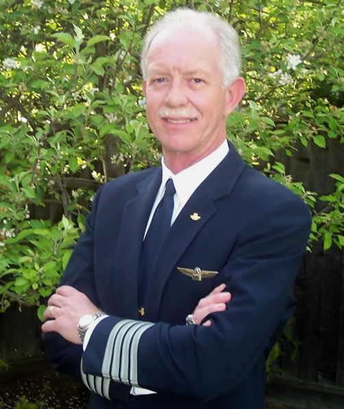 HERO CAPTAIN SULLY - PILOT OF US AIRWAYS FLIGHT 1549 - PILOT OF AN AIRBUS A320