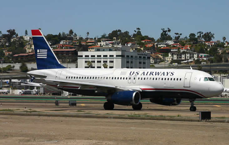 US AIRWAYS AIRBUS A320 AIRLINER