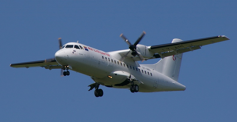 ATR 42 TURBOPROP AIRCRAFT IN FLIGHT