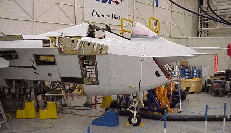 boeing x-32 phantom works