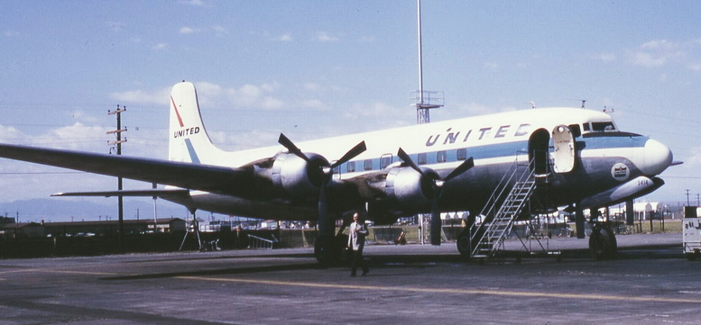 ual united airlines dc6 plane