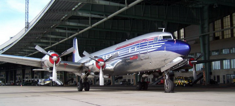 dc6 airplane