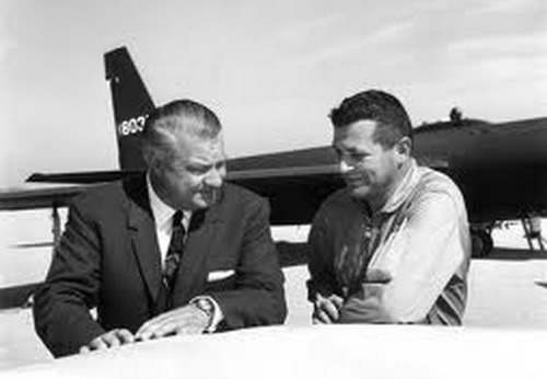 kelly johnson with francis gary powers with the U-2 spy plane