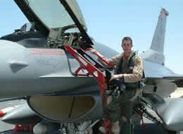 air force fighter pilot f16 fighting falcon