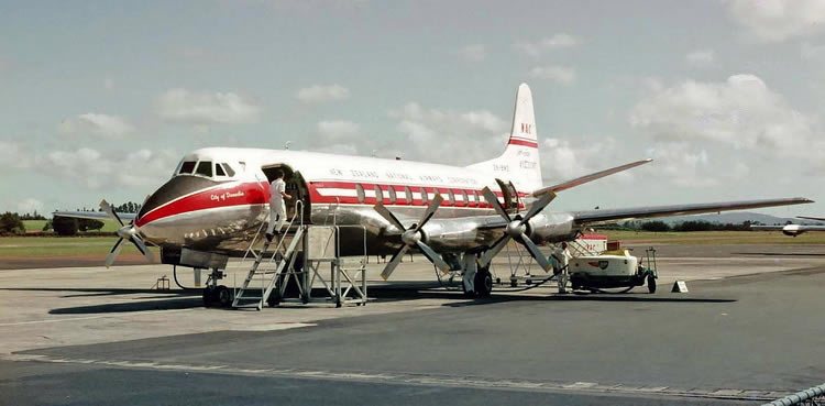 vickers viscount prop airliner plane
